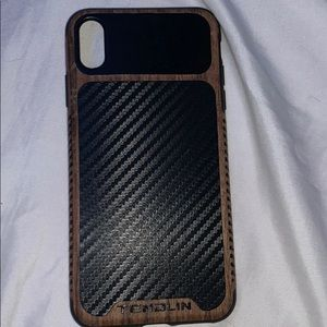 Fully carbon fiber iPhone XS Max case